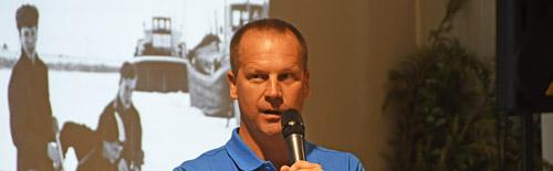 Marc Hilberts opent het Elfstedencongres