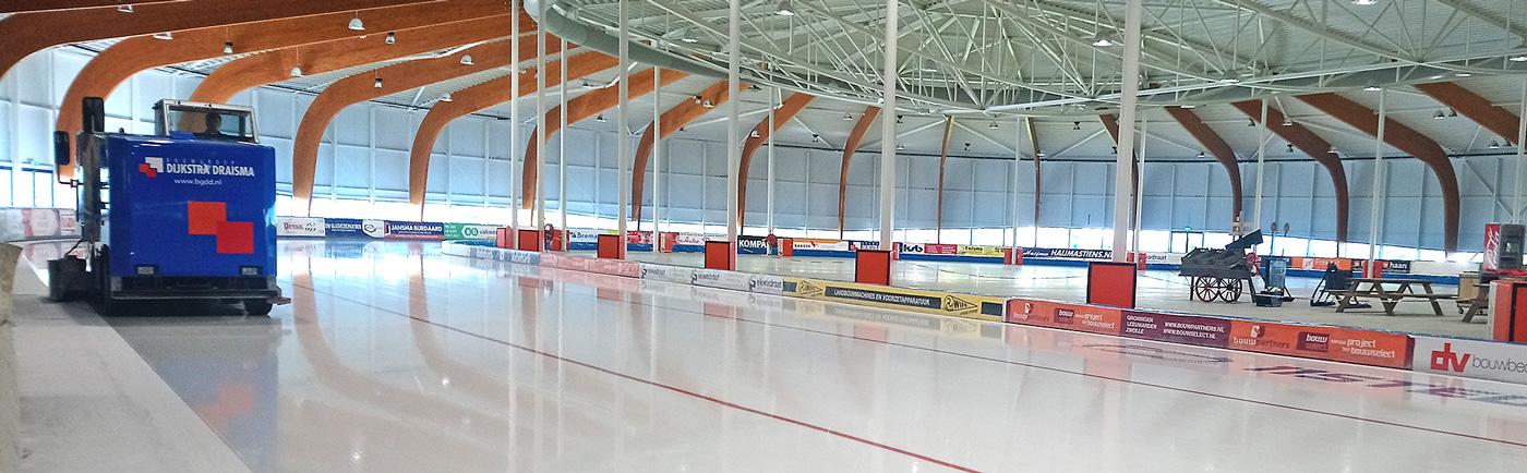 11stedenhal Friesland schaatsen