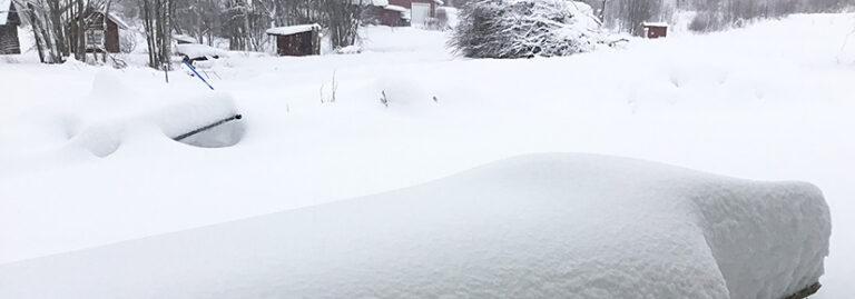 Hevige sneeuwval Midden-Zweden